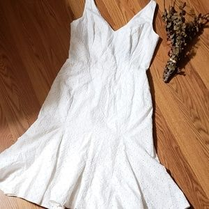 Nwot White House black market lovely white dress